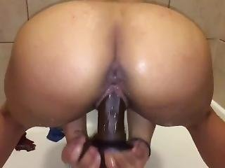 Crystina Rossi Fucking Dildo In Shower
