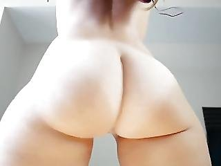 Round White Ass Clapping