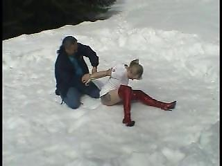Elbow Tied In The Snow