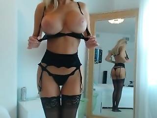 chick, dikke tiet, blonde, lingerie, masturbatie, plagen