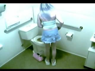 Spycam Toilet Masturbation