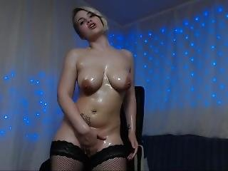 Big Mily Boobs Pornstar Alice Snow Make A Anal Masturbation
