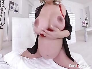 Extreme Pregnant Silvy Vee Masturbating