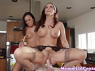 Cockriding Bigtitted Cougar Helps Teen
