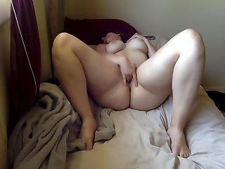 Kaitlin Playing With Her Puss And Ass