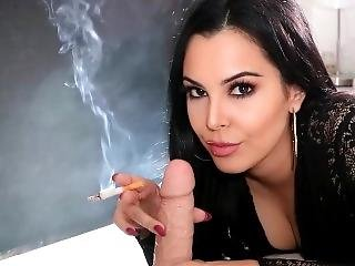 amatør, blowjob, brunette, dildo, pov, ryger