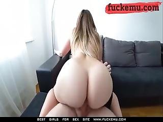 seksowna nastolatka z dużymi piersiami porno