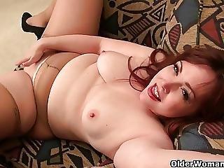 America S Sexiest Milfs Part 6