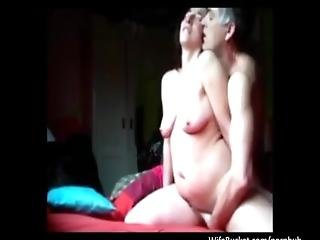 Amatur Mature Slut Getting Three Orgasms From A Good Fuck