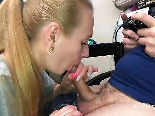 Blowjob While Playing Resident Evil 2 - Pulsating Cum In Mouth