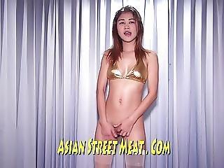 Asiatique, Japonaise, Salope, Escaliers, Tatouage, Ados, Thailandaise