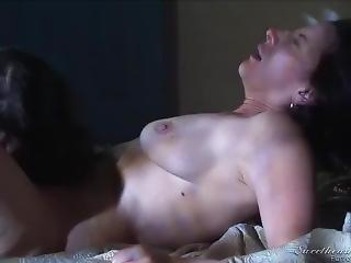 Horny Aunt Latina Aunt Lick Her Niece