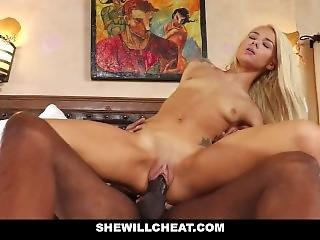 hármasban thai pornó