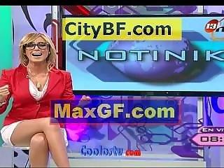 Shanik Aspe Mega Upskirt Sexy Piernotas 100% Tanga