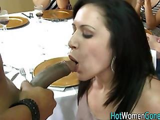 Real Amateurs Tug Dicks