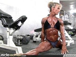 Ellen Woodley The Small Damn Horny, Flexible Muscle Slut