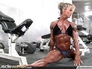 Ellen Woodley The Small Damn Horny, Flexible Muscle Slut