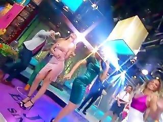 Natalia, Vanessa E Ingrid Culazos En Minivestidos Vla 18sep17