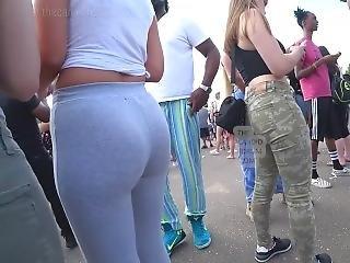 Teen In Green Jeans Plus Teen In Leggings Candid