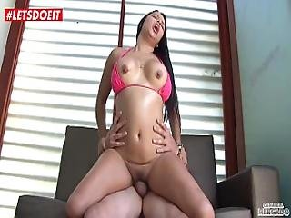 Latina Picked Up And Fucked Hardcore Colombian