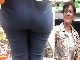 Friendly White Gilf Has That Phat Booty And Thick Thighs