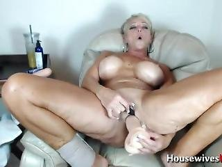 Sexy Mature Orgasm Machine Alexis With Huge Boobs