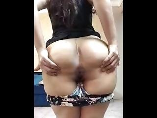 Moroccan Girl Showing Off And Dancing To Saudii