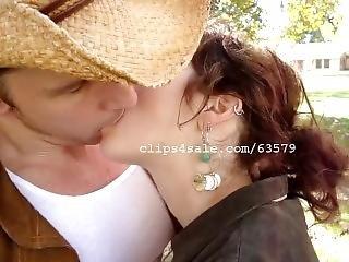 Lk Kissing Video 3