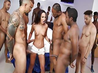 anal, kunst, knaldning, stor sort cock, stor cock, sort, blowjob, deepthroat, tissemand, dp, fjæsfuckning, kneppe, gagging, gangbang, gruppesex, hardcore, interracial, orgie, penetration, pornostjerne, sex, arbejdsplads