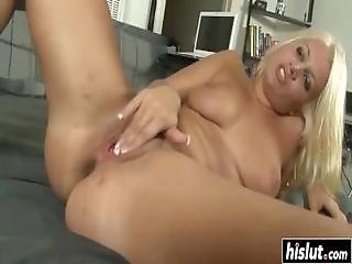 Blonde Shaved Chick Likes Cum Coverage
