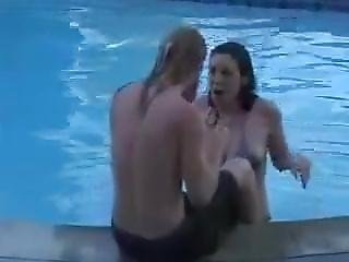 Cheating Girlfriend Gets Filmed At Pool