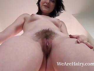Zabrina Stripping