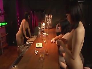 4 Japanese Girls Farting