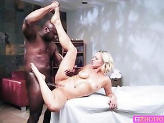 Milf Jessica Gets Banged By A Big Black Cock Guy In Wild Interracial