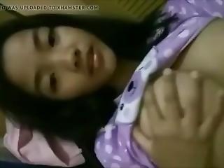 asiatisch, luder, gross titte, flashing, indonesisch, solo, Jugendliche