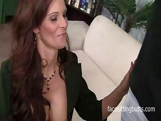 Business Woman Came To Porn After Losing Her Job And Savings