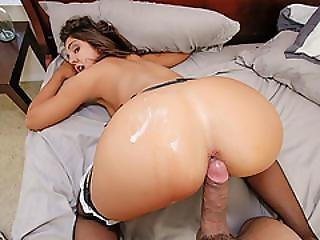 Teen Tomi Taylor Is A Hot Piece Of Ass In Need Of Some Stepbrother Morning Wood