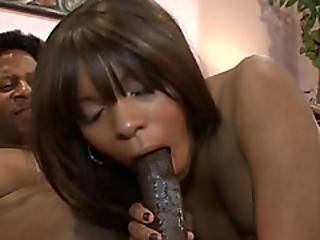 Stunning Big Ass Hottie Demands That Fat Cock Going Deep