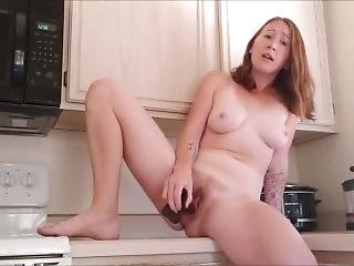 Squirting In The Kitchen Preview