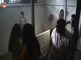 Jailbait 2013 - Nu Tu Noi Loan - Cung Dan Dam Le - Phim 18