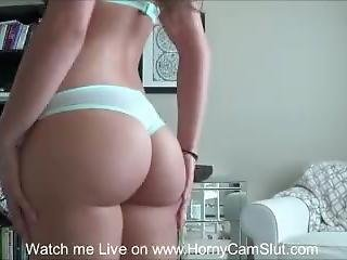 Bootylicious - Www.hornycamslut.com