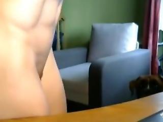 Nude Muscle Girl