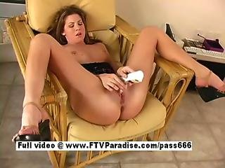 Superb Babe Having Orgasm