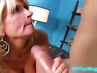 Big Cock For Juicy Experienced Mom
