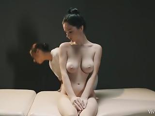Japonská lesbická masáž porno