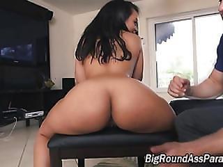 Bigassed Latina Throating