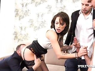 Anal Creampie In A Pov Gangbang