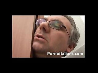 Incesto Italian Italiano Padre Lecca Le Tette Alla Figlia - Teen Tits Italian
