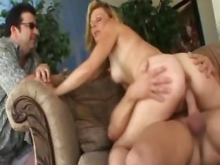 anal, cumshot, knullar, hus, hemmafru, gift, milf, gammal, swinger, trekant, fru