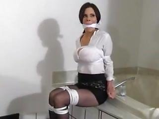 Ashley Renee Wants To Be Tied
